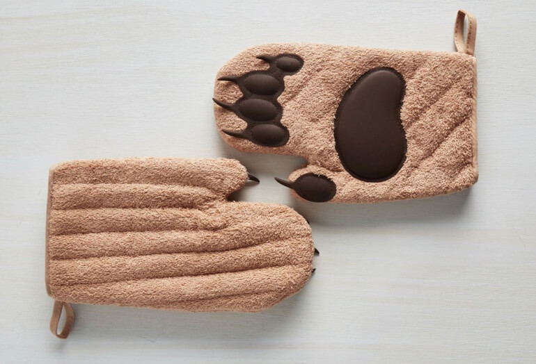 Cub Paw Oven Mitts