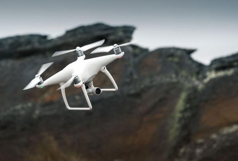Phantom 4 Camera Quadcopter by DJI